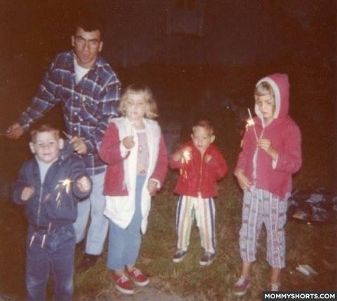 Fotos que colocariam nossos pais na cadeia se elas fossem tiradas hoje (4)