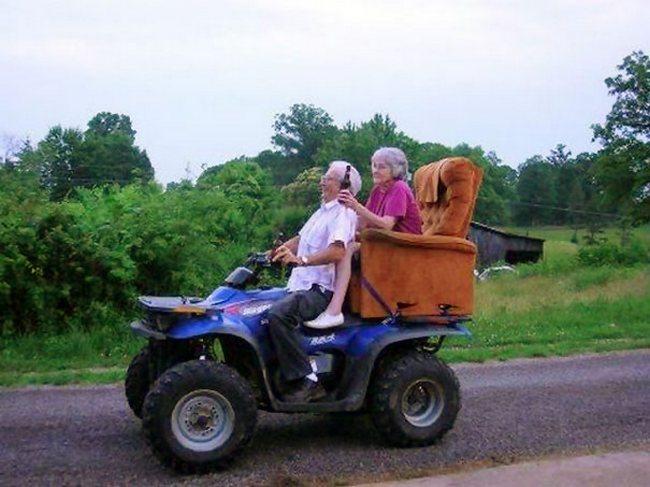 awebic-casal-idosos-se-divertindo-13