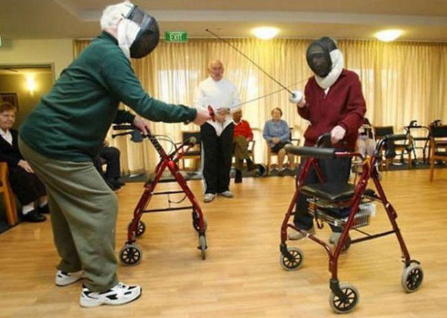 awebic-casal-idosos-se-divertindo-16