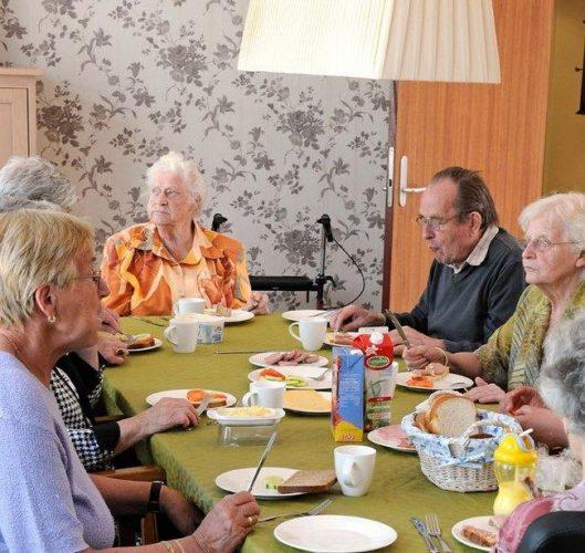 awebic-vila-holandesa-idosos-9