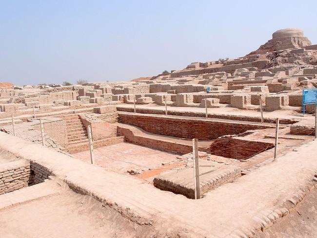 10 Mohenjo-dara