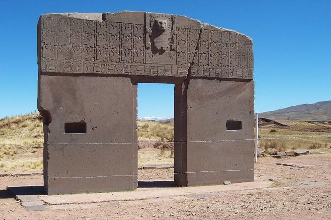 28 - tiwanaku
