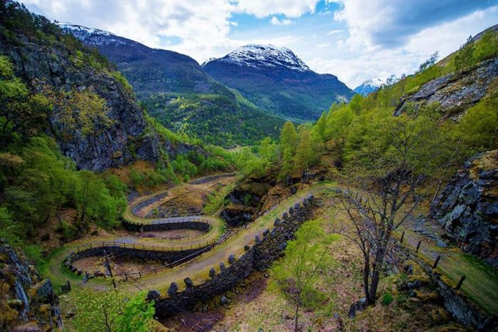 fairy-tale-viking-architecture-norway-7__880