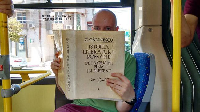 cidade-romenia-livros-onibus-gratis-3