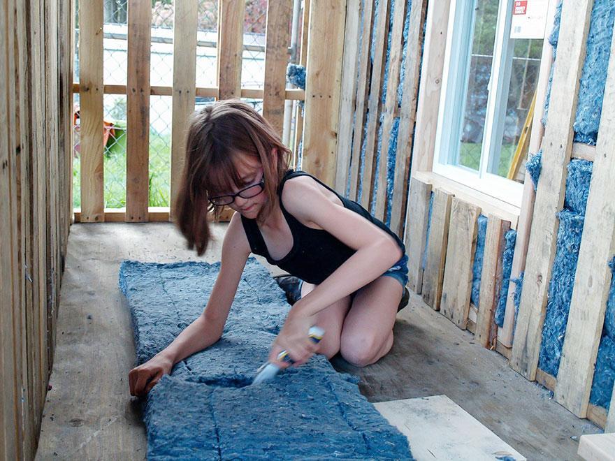 elping-homeless-shelter-9-year-old-girl-harvest-hailey-fort-4
