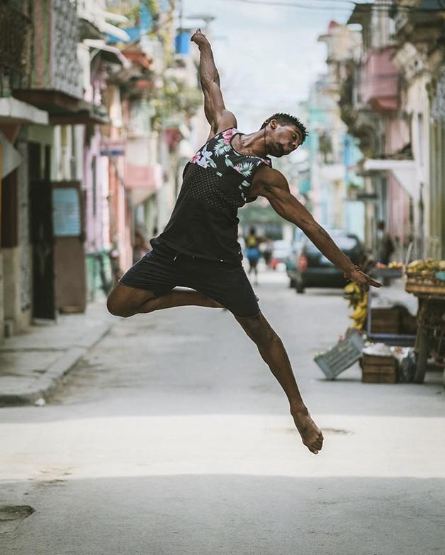awebic-bailarinos-cuba-5
