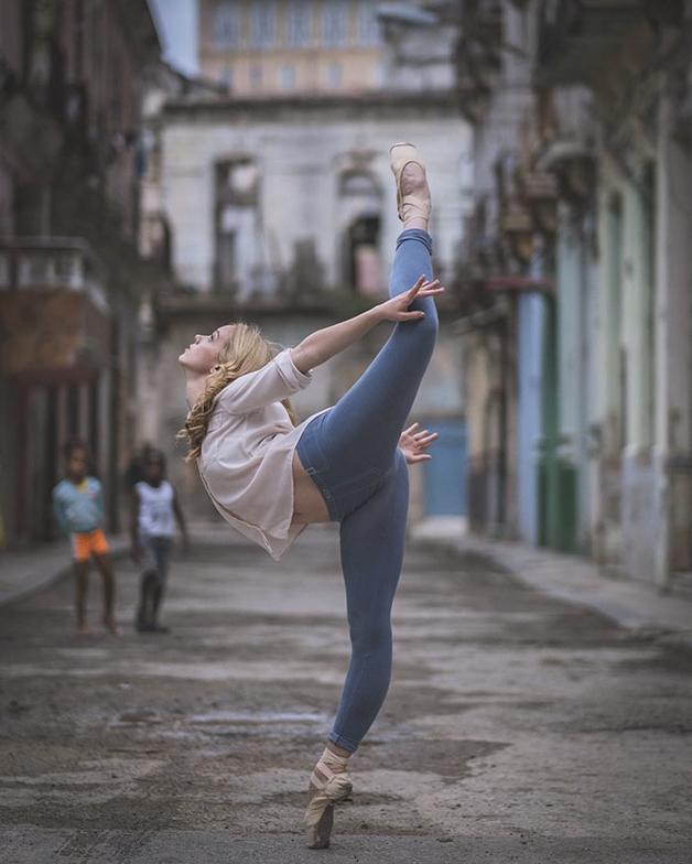 awebic-bailarinos-cuba-7