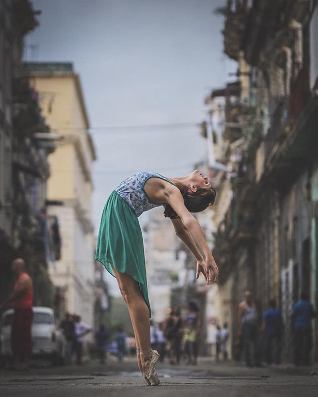 awebic-bailarinos-cuba-8