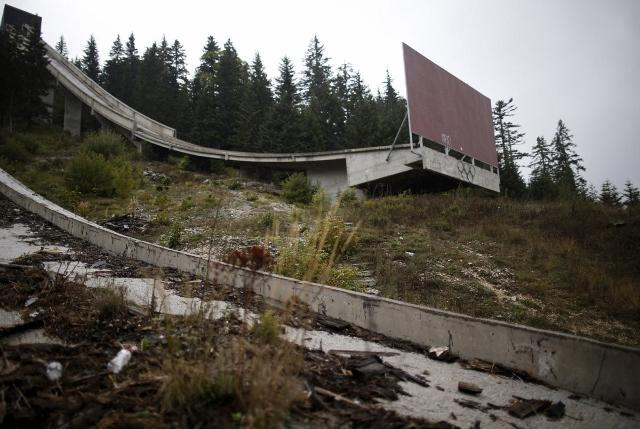 another-angle-of-the-ski-jump (640x429)
