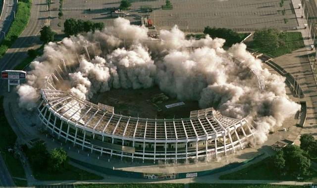 atlanta-hosted-the-summer-olympics-in-1996-the-atlanta-fulton-county-stadium-was-used-for-baseball-but-was-demolished-in-1997-the-space-was-turned-into-4000-parking-spaces (640x379)