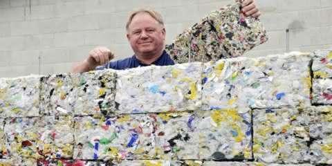Tijolo ecológico feito de lixo jogado no mar é o caminho para construir um futuro melhor