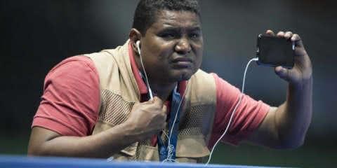 Brasileiro é o 1º fotógrafo deficiente visual a cobrir as Paralimpíadas