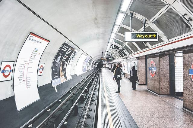 tube-1209419_640