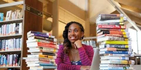 Estudante cria aplicativo com mais de 600 livros que priorizam a diversidade