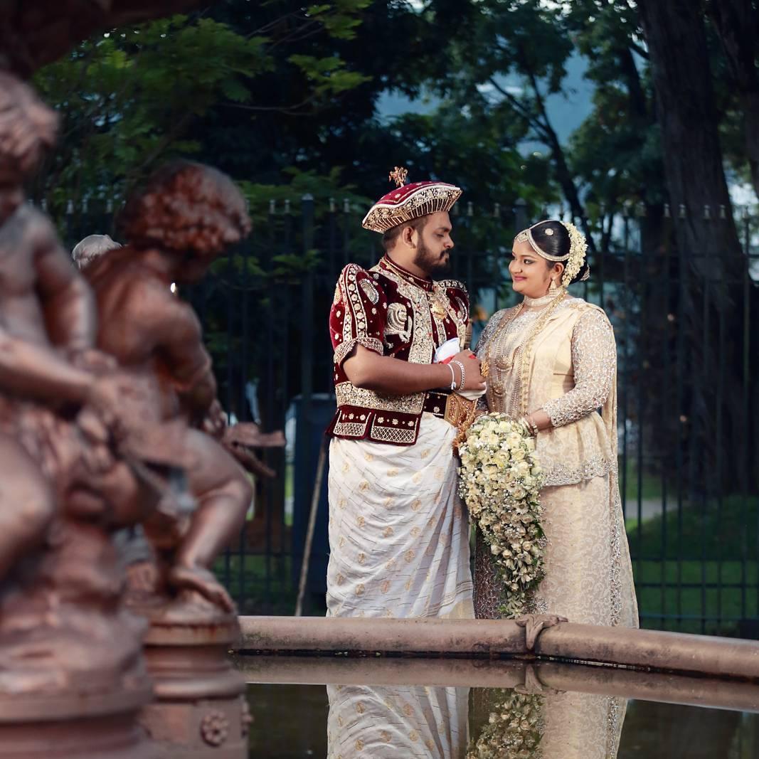 Trajes tradicionais de casamento no Sri Lanka