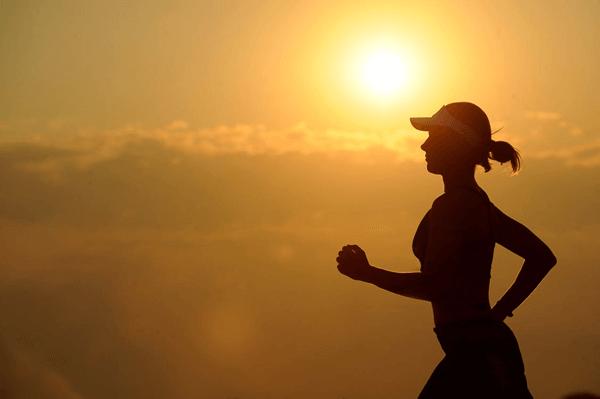 praticar exercicio fisico de manha