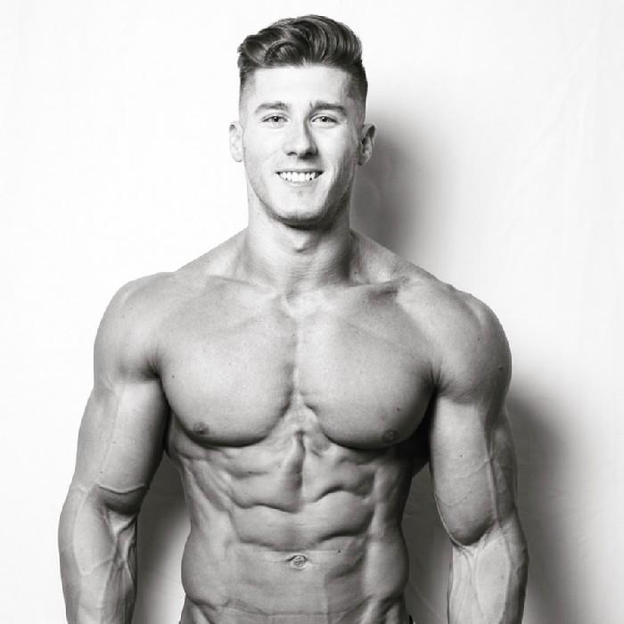 Bodybuilder vegano - Nimai Delgado