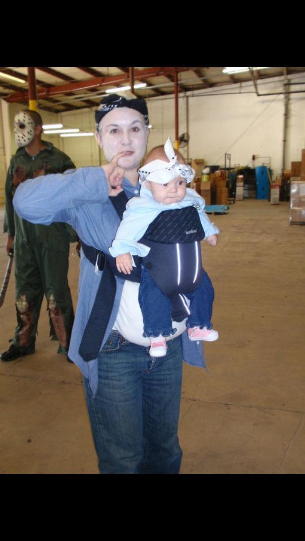 Bebês em fantasias de Halloween 18
