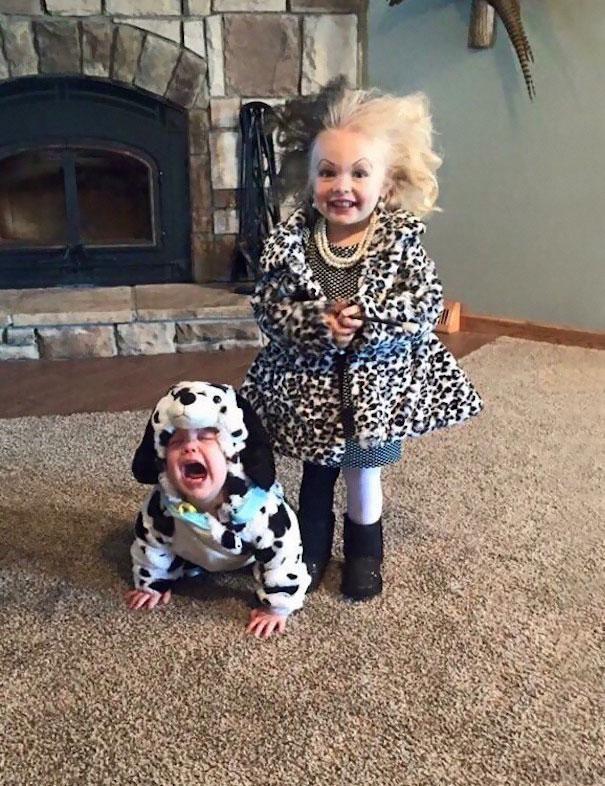 Bebês em fantasias de Halloween 2