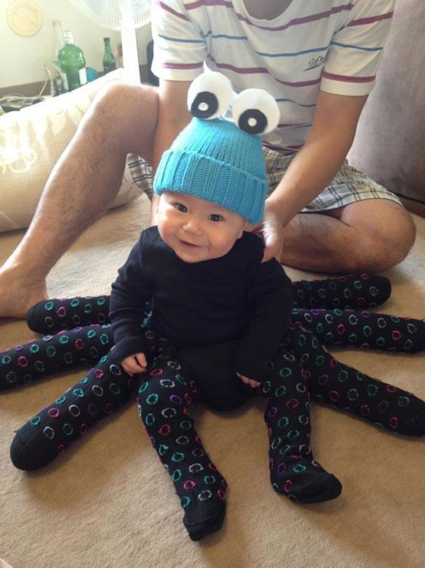 Bebês em fantasias de Halloween 4
