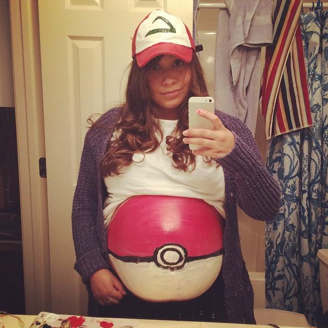 Mulheres grávidas em suas fantasias de Halloween 15