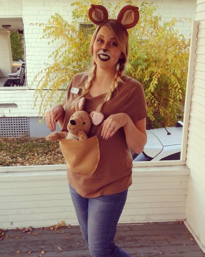 Mulheres grávidas em suas fantasias de Halloween 5