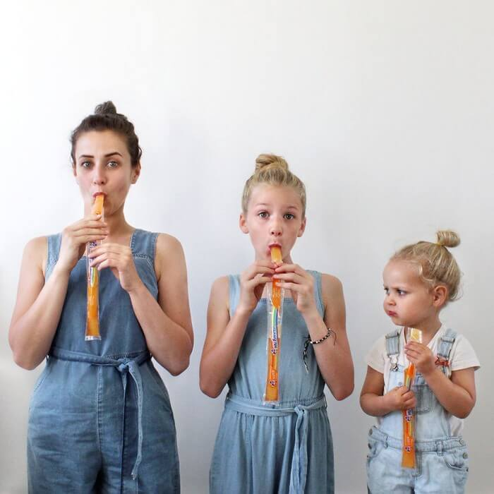 Mãe e filhas em fotos divertidas (24)