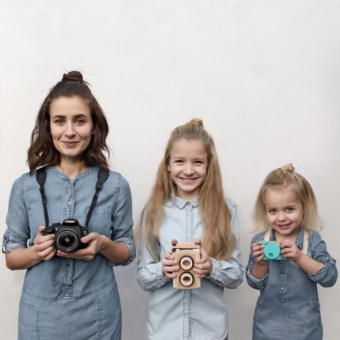 Mãe e filhas em fotos divertidas (26)