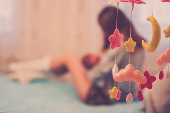Bebês deveriam dormir com pais até os 3 anos (3)