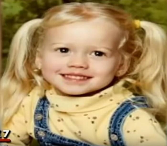 pai revê a filha 12 anos depois de sequestro (4)