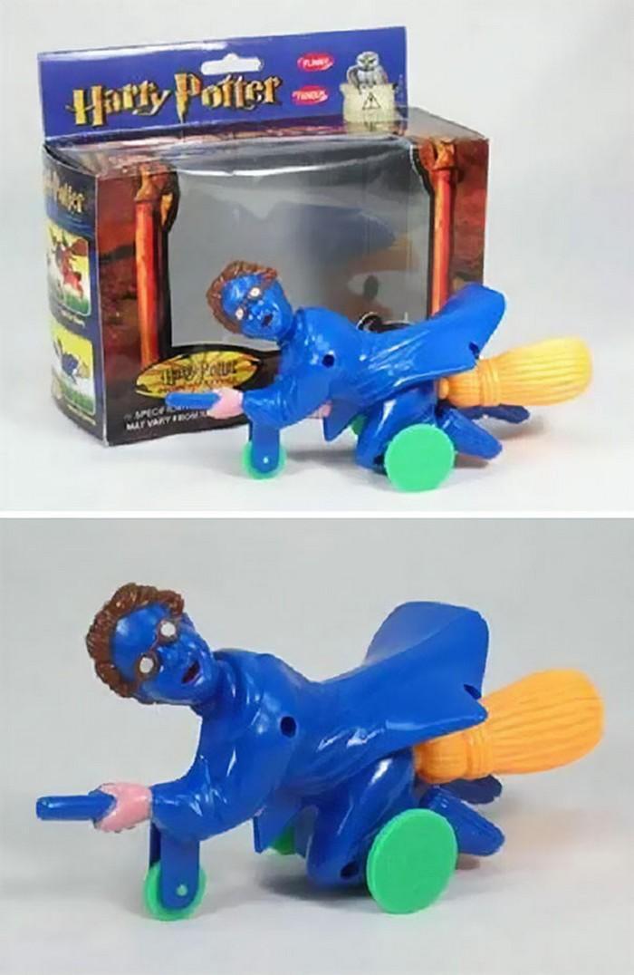 brinquedos bizarros