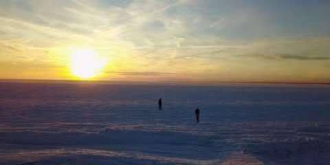 Vídeo impressionante mostra o mar dos EUA congelado durante o inverno