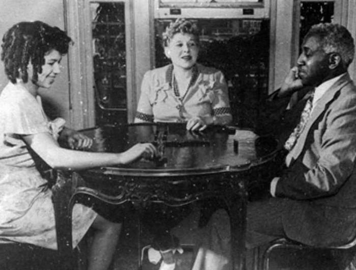 Casais inter-raciais do século 19 (5)