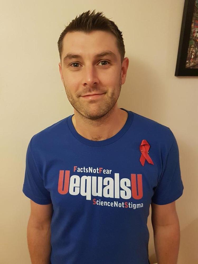 Conscientizando pessoas sobre HIV (2)