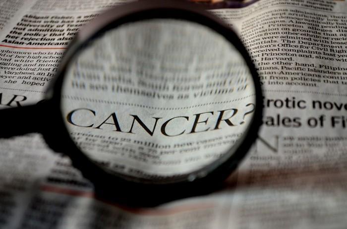 cientista Nobel e 1931 afirma que falta de oxigênio celular é a causa do câncer (1)