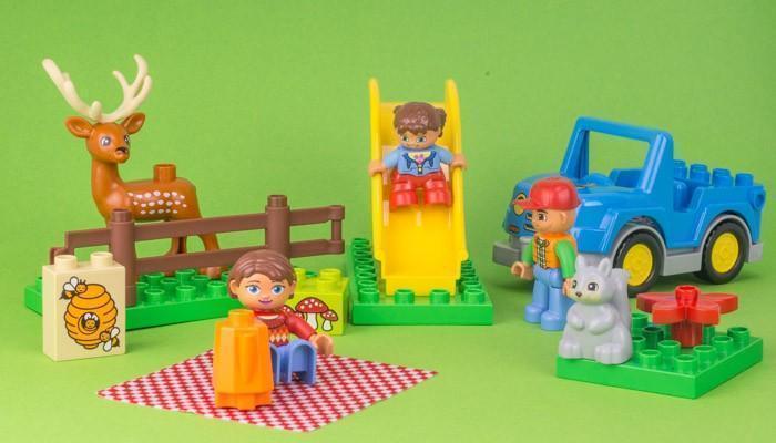 maneiras diferentes de brincar com lego (1)