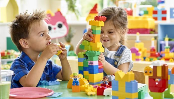 maneiras diferentes de brincar com lego (18)