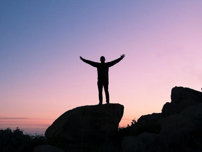 A gratidão vem de perceber sua vida, não de pensar nela
