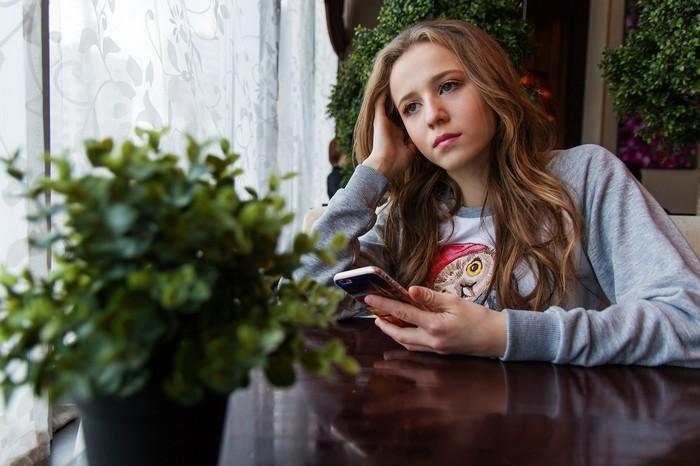Tédio como cura para o vício em smartphones