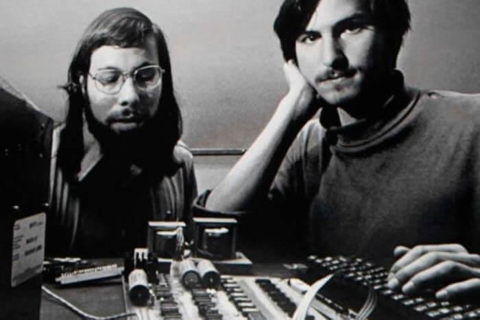 curiosidades sobre a apple - jobs e woz