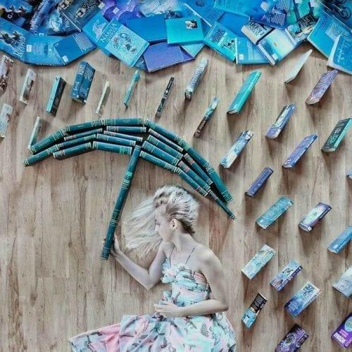 fotos criativas com livros  (21)