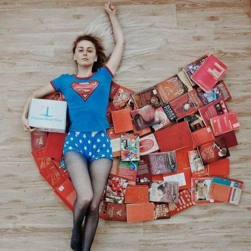 fotos criativas com livros  (20)