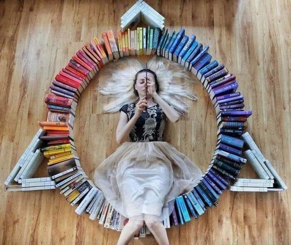 fotos criativas com livros (29)