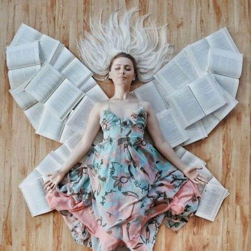 fotos criativas com livros (27)