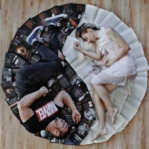 fotos criativas com livros (24)