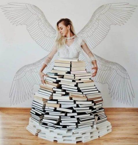 fotos criativas com livros (23)