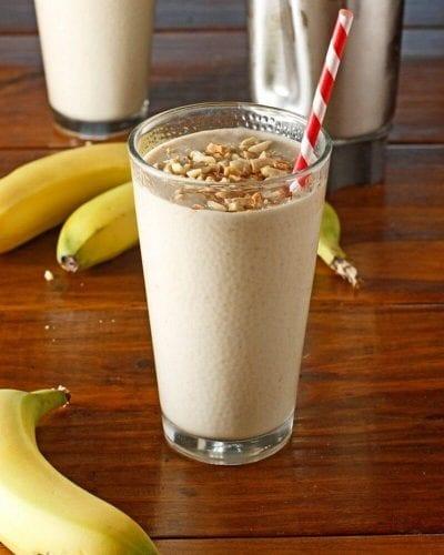 café da manhã saudável batida banana pasta amendoim
