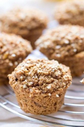cafe da manha saudavel Muffins de iogurte de coco e quinoa